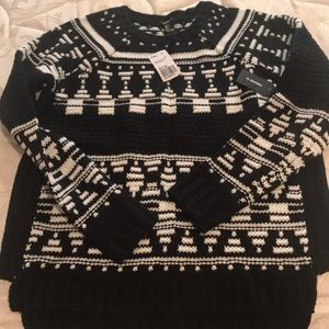Jrs size large sweater NWT